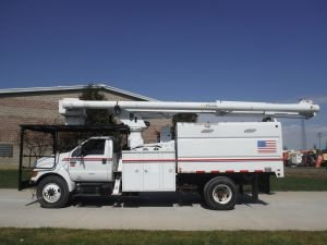 2008 FORD F-750 11 FT SOUTHCO FORESTRY BODY 75 FT WORK HEIGHT ALTEC LRV60-70 ELEVATOR MODEL BOOM