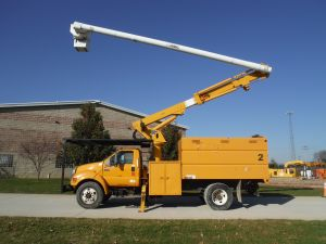 2006 FORD F650 11 FT SOUTHCO FORESTRY BODY 61 FT WORK HEIGHT ALTEC LRV56 MODEL BOOM