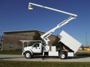 2004 FORD F650 11 FT ARBORTECH FORESTRY BODY 60 FT WORK HEIGHT ALTEC LRV55 MODEL BOOM