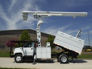 2004 GMC C7500 11 FT SOUTHCO FORESTRY BODY 75 FT WORK HEIGHT ALTEC LRV60-70 ELEVATOR MODEL BOOM COMING SOON