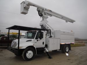 2003 INTERNATIONAL 4300 11 FT FORESTRY BODY 75 FT WORK HEIGHT ALTEC LRV60-70 ELEVATOR MODEL BOOM COMING SOON