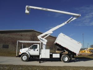 2005 FORD F750 11 FT SOUTHCO FORESTRY BODY 65 FT WORK HEIGHT LIFT-ALL LSS-1S-60 MODEL BOOM