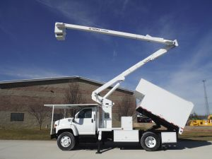 2006 GMC C7500 11 FT DAKOTA FORESTRY BODY 60 FT WORK HEIGHT TEREX HI-RANGER XT55 MODEL BOOM