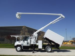 2005 INTERNATIONAL 4300 11 FT ARBORTECH FORESTRY 65 FT WORK HEIGHT ALC MODEL BOOM