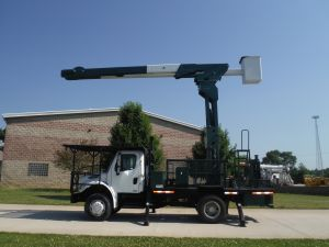 2007 FREIGHTLINER M2 BUSINESS CLASS 14 FT FLATBED 75 FT WORK HEIGHT LIFT-ALL REAR MOUNT ELEVATOR MODEL BOOM