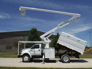 2007 FORD F750 11 FT SOUTHCO FORESTRY BODY 61FT WORK HEIGHT ALTEC LRV56 MODEL BOOM