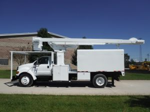 2007 FORD 11 FT FORESTRY BODY 65 FT WORK HEIGHT LIFT-ALL LSS-60-1S MODEL BOOM
