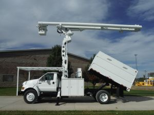 2008 FORD F750 11 FT SOUTHCO FORESTRY BODY 75 FT WORK HEIGHT ALTEC LRV60-70- ELEVATOR