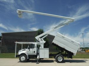 2007 INTERNATIONAL 11 FT SOUTHCO FORESTRY BODY 61 FT WORK HEIGHT ALTEC LRV56 MODEL BOOM