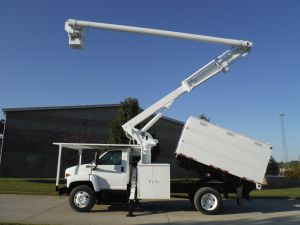 2004 GMC C7500 11 FT SOUTHCO FORESTRY BODY 60 FT ALTEC LRV55 MODEL BOOM