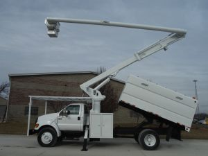 2007 FORD F750 13 FT SOUTHCO FORESTRY BODY 65 FT. WORK HEIGHT ALTEC LRV60 MODEL BOOM
