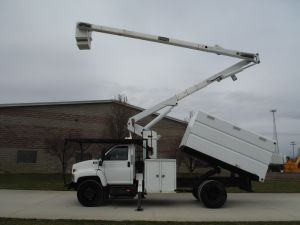 2005 GMC C7500 11 FT SOUTHCO FORESTRY BODY 60 FT WORK HEIGHT TEREX HI-RANGER XT55