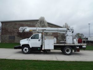 2003 GMC C7500 11 FT FLATBED ALTEC D947TR DIGGER DERICK
