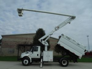 2007 INTERNATIONAL 4300 11 FT SOUTHCO FORESTRY BODY 61 FT WORK HEIGHT ALTEC LRV56 MODEL BOOM