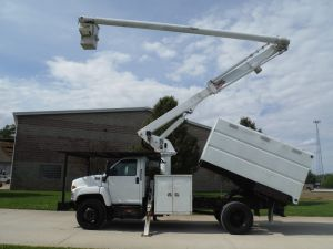 2006 GMC C7500 11 FT SOUTHCO FORESTRY BODY 60 FT WORK HEIGHT ALTEC LRV 55 MODEL BOOM