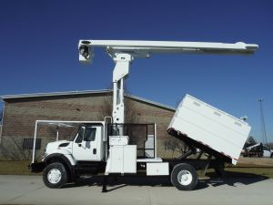 2009 INTERNATIONAL 7300 4X4 10 FT SOUTHCO FORESTRY BODY 75 FT LIFT-ALL LSS60-70-1S MODEL BOOM - BUCKET TRUCK