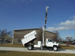 2008 GMC C6500 12 FT SOUTHCO CHIP BODY WITH REMOVABLE TOPS HIAB 099CLX HYDRAULIC KNUCKLE BOOM CRANE
