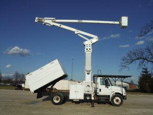 2006 INTERNATIONAL 4300 11 FT SOUTHCO FORESTRY BODY 75 FT WORK HEIGHT TEREX HI-RANGER XT 60-70 ELEVATOR MODEL BOOM - Bucket Truck