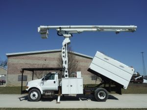 2009 FORD F750 11 FT ALTEC FORESTRY BODY 75 FT WORK HEIGHT ALTEC LRV60-70 ELEVATOR MODEL BOOM