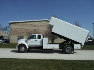 2005 FORD F650 14 FT ARBORTECH CHIP BODY