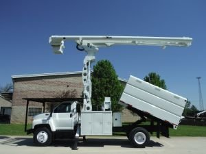 2008 GMC C7500 11 FT SOUTHCO FORESTRY BODY 75 FT WORK HEIGHT ALTEC  LRV60-70 ELEVATOR MODEL BOOM - Bucket Truck