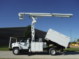 2007 GMC C7500 11 FT SOUTHCO FORESTRY BODY 75 FT WORK HEIGHT ALTEC LRV60-70 ELEVATOR MODEL BOOM
