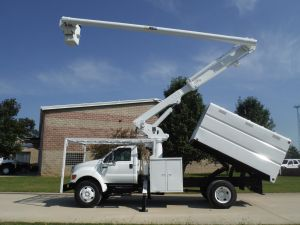 2006 FORD F750 11 FT SOUTHCO FORESTRY BODY 61 FT WORK HEIGHT ALTEC LRV 56 MODEL BOOM