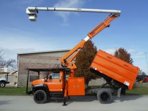 2008 GMC C75500 11' SOUTHCO FORESTRY BODY 60' WORK HEIGHT ALTEC LRV 55 MODEL BOOM