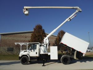 2004 INTERNATIONAL 4300, 11' ARBORTEC FORESTRY BODY, 60' WORK HEIGHT ALC MODEL BOOM