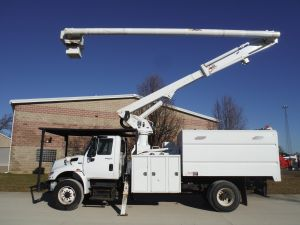 2012 INTERNATIONAL 4400 SOUTHCO FORESTRY BODY 75' WORKHEIGHT ALTEC LRV 60-70