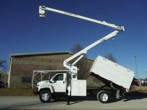 2005 GMC C7500 11' SOUTHCO FORESTRY BODY 60' WORK HEIGHT TEREX HI-RANGER MODEL BOOM