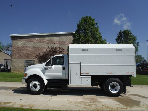 2008 FORD F750 12' KNAPHEDE CHIP BODY
