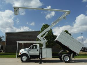 2005 FORD F750 11' SOUTHCO FORESTRY BODY 61' WORK HEIGHT ALTEC LRV56 MODEL BOOM