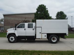 2007 GMC C6500 12' ARBORTECH CHIP BODY