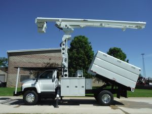 2005 GMC C7500 11' SOUTHCO FORESTRY BODY 75' WORK HEIGHT ALTEC LRV 60-70 MODEL BOOM