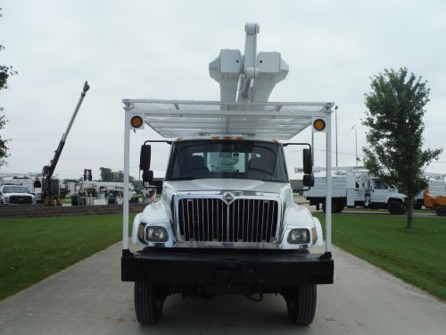 2007 INTERNATIONAL 74000 11' FLATBED 65' WORK HEIGHT TEREX HI-RANGER XT60 MODEL BOOM