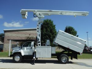2008 GMC C7500 11' SOUTHCO FORESTRY BODY 75' WORK HEIGHT ALTEC LRV60-70