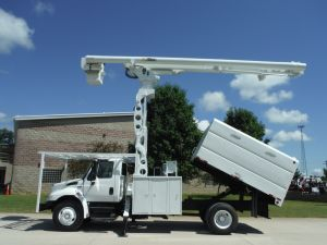 2009 INTERNATIONAL 4300  11' SOUTHCO FORESTRY BODY, 75' WORK HEIGHT ALTEC LRV 60-70 MODEL BOOM