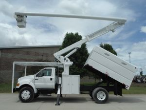 2007 FORD F750 11' SOUTHCO FORESTRY BODY 60' WORK HEIGHT ALTEC LRV56 MODEL BOOM