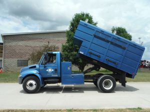 2004 INTERNATIONAL 4300 14X6 SCHODORF CHIP BODY