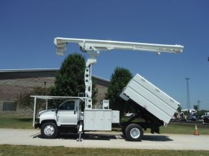 2006 GMC C7500, 11' SOUTHCO FORESTRY BODY, 75' WORK HEIGHT ALTEC LRV60-70 ELEVATOR MODEL BOOM