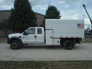 2008 FORD F550 4X4 EXTENDED CAB 11'X5' ARBORTECH CHIP BODY