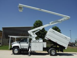 2009 GMC C7500 11' SOUTHCO FORESTRY BODY, 75' ALTEC LRV60-70 ELEVATOR MODEL BOOM