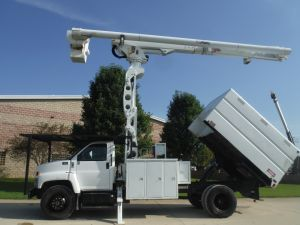 2006 GMC C7500 11' SOUTHCO FORESTRY BODY 75' WORK HEIGHT ALTEC LRV60-70 ELEVATOR MODEL BOOM