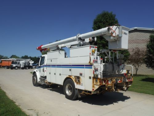2007 FREIGHTLINER M2 BUSINESS CLASS 14' ALTEC UTILITY BED 60' ALTEC LRV55 REAR MOUNT MODEL BOOM