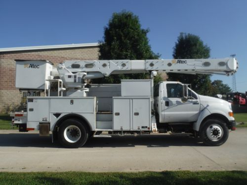 2011 FORD F750 14 FT ALTEC UTILITY BED 60 FT WORK HEIGHT ALTEC AM-55 REAR MOUNT MATERIAL HANDLER