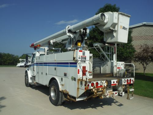 2007 FREIGHTLINER M2 BUSINESS CLASS, 14' ALTEC UTILITY BED, 60' WORK HEIGHT LRV55 MODEL BOOM