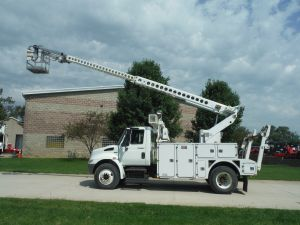 2008 INTERNATIONAL 4300 12' ALTEC UTILITY BED 35' WORK HEIGHT ALTEC AT40C AERIAL CABLE PLACER