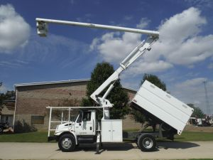 2007 INTERNATIONAL 4300 11' SOUTHCO FORESTRY BODY 61' WORK HEIGHT ALTEC LRV56 MODEL BOOM