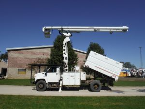 2006 GMC C7500 11' SOUTHCO FORESTRY BODY, 75' WORK HEIGHT ALTEC LRV60-70 ELEVATOR MODEL BOOM